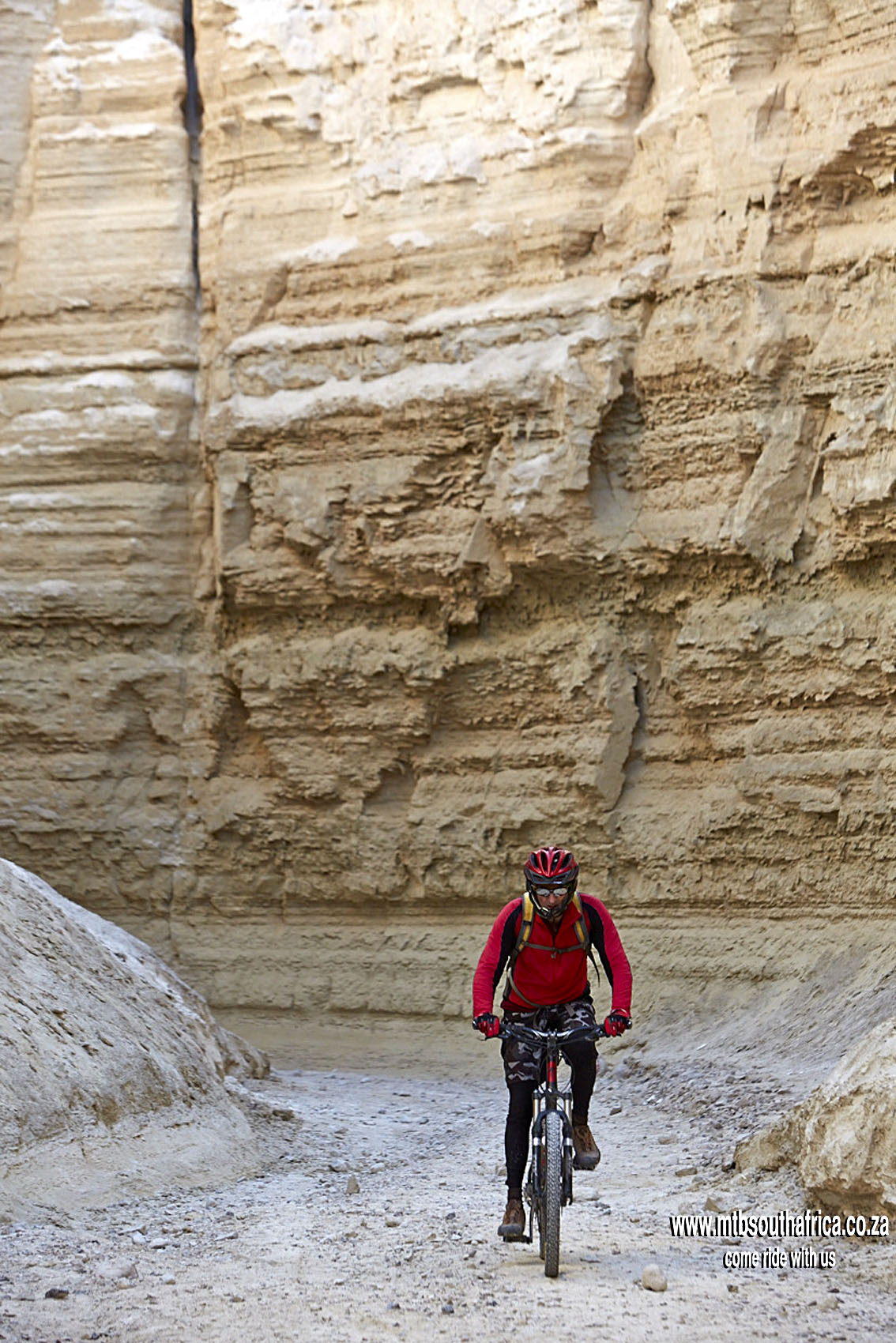 MTB South Africa (MTB SA) | Mountain-Biking-South-Africa-MTB-SA-Israel-Group-Dead-Sea-Wadi-Pratzim-Trail
